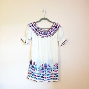 Embroidered Bohemian Top Size Small